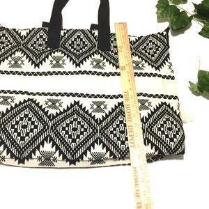 89f0c821efa9 Cynthia Rowley Bags - Cynthia Rowley Woven Tribal Boho Tote NWT
